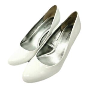 BANDOLINO WHITE SMOOTH LIKE PATENT LEATHER…10.5
